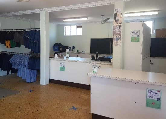 Yeronga-State-School-P-and-C-Association-Uniform-Shop
